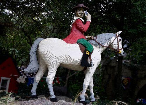 Lego Prince, lego horse, lego mobile phone